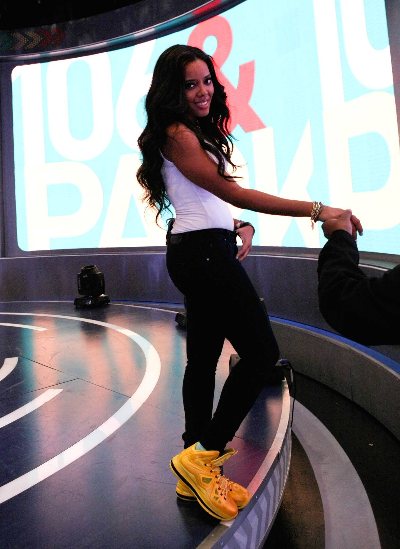 Regal and Relaxed - Host Angela Simmons rocks a simple look on 106. (Photo: Bennett Raglin/BET/Getty Images for BET)