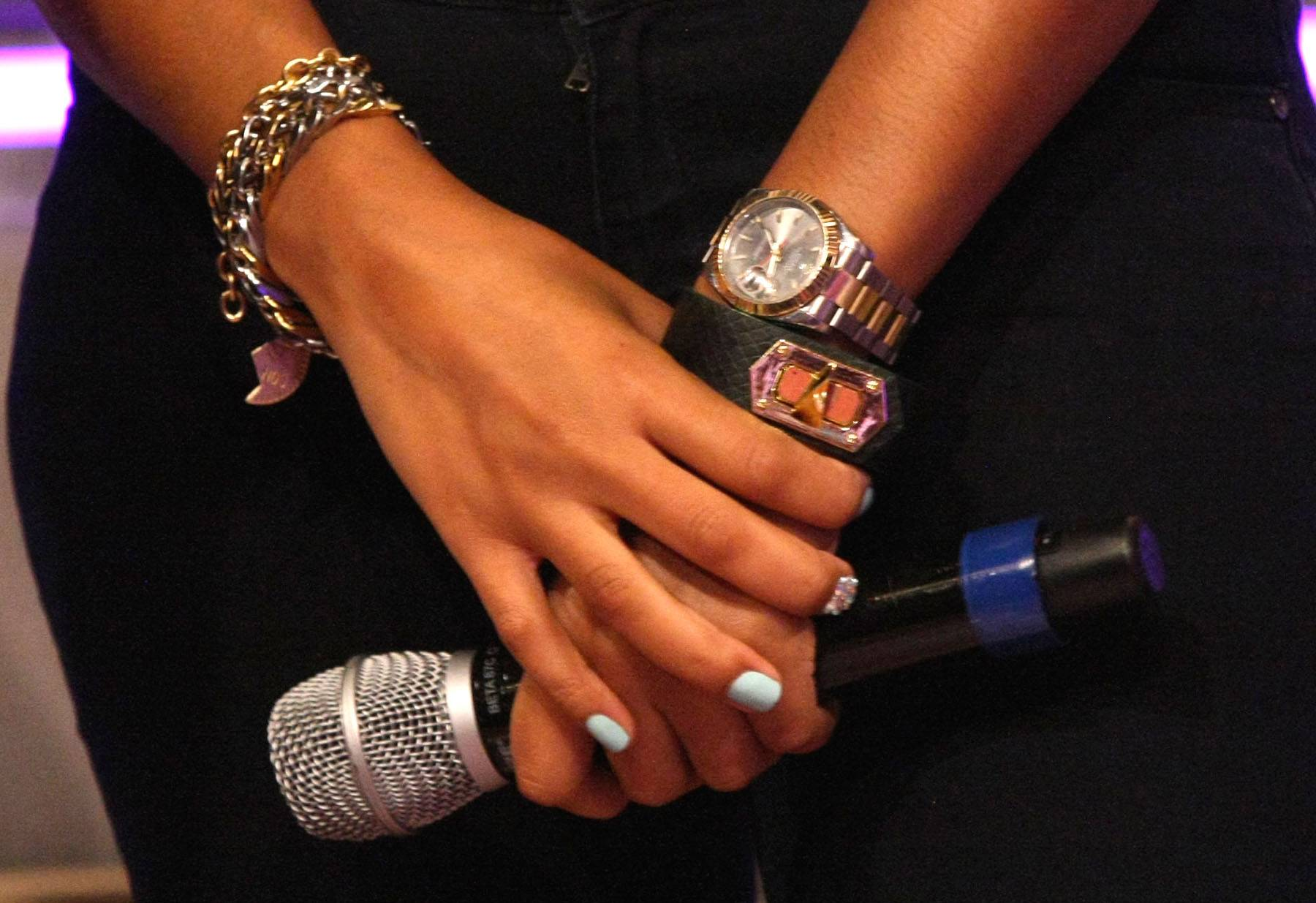 Rock the Mic - Angela Simmons wears some silver jewelry while holding the mic on 106. (Photo: Bennett Raglin/BET/Getty Images for BET)