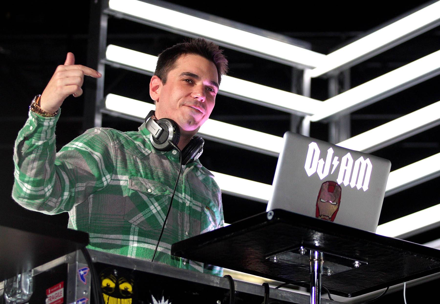 29. DJ AM - The late DJ AM infiltrated Hollywood like few other DJs before him, dating Nicole Ritchie and Mandy Moore, fleeing paparazzi cameras and playing the biggest, most exclusive celebrity-filled red-carpet events. But he backed it up with his skills on the tables, tearing down parties with clever mash-ups and scratching on albums by Madonna, Will Smith and Travis Barker. (Photo: Noel Vasquez/Getty Images)