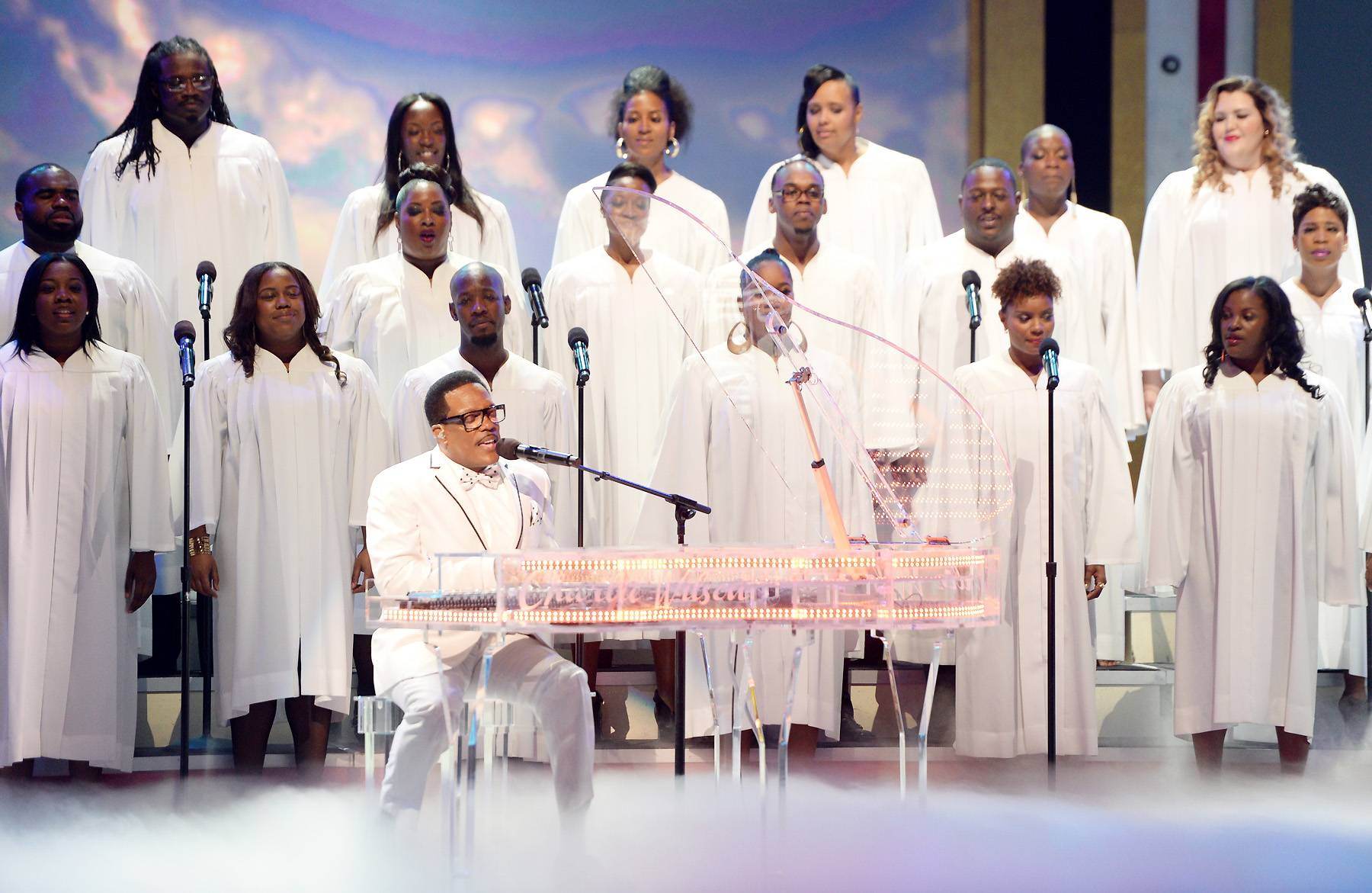 """The Charlie Wilson Experience - Charlie Wilson tore the house down! In his typical """"outstanding"""" fashion, he brought the crowd to their feet with an epic performance of """"If I Believe.""""(Photo: Jason Kempin/Getty Images for BET)"""