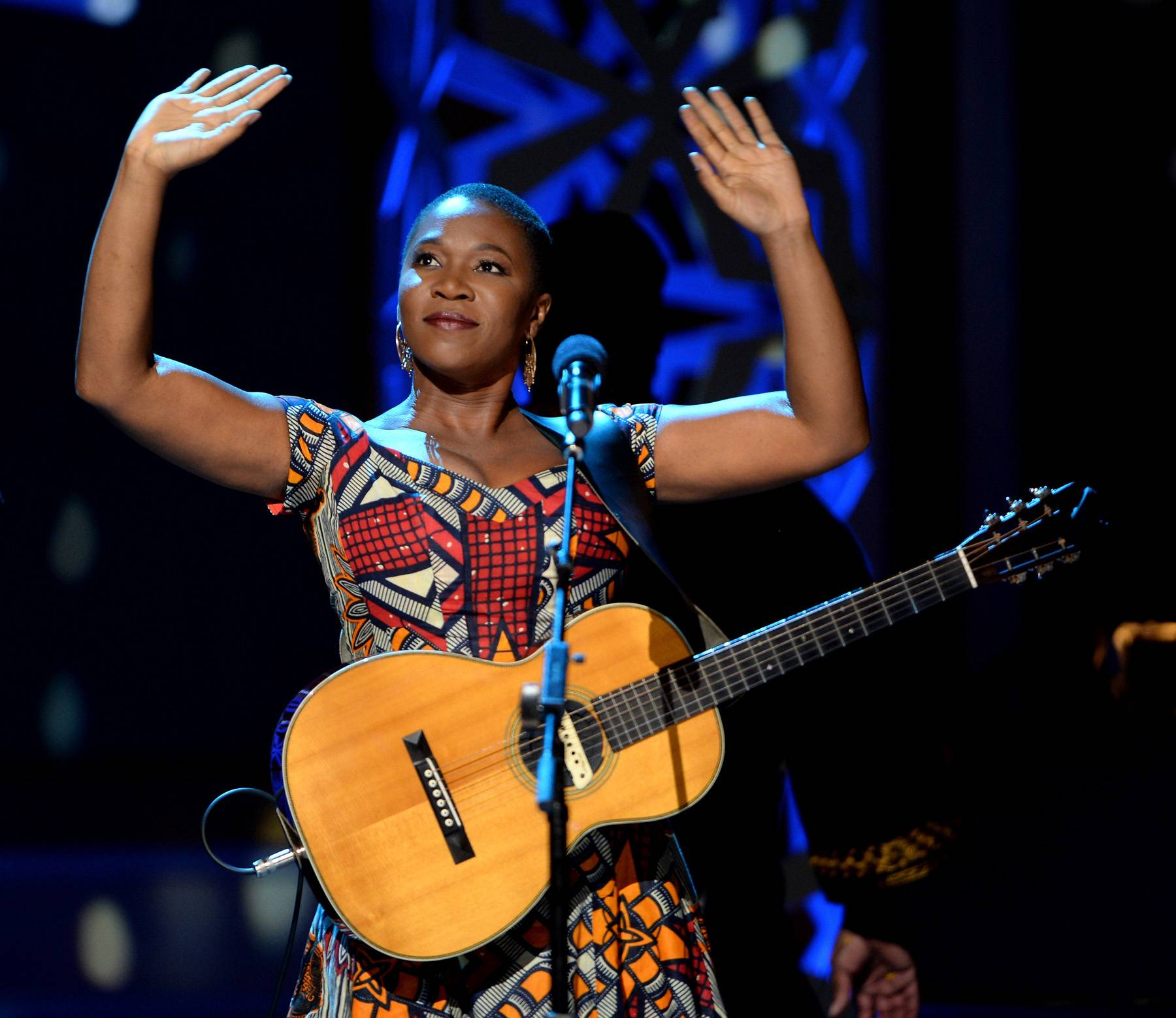Look at God - India.Arie receives the love from the crowd after her show-stopping performance.(Photo: Jason Kempin/Getty Images for BET)