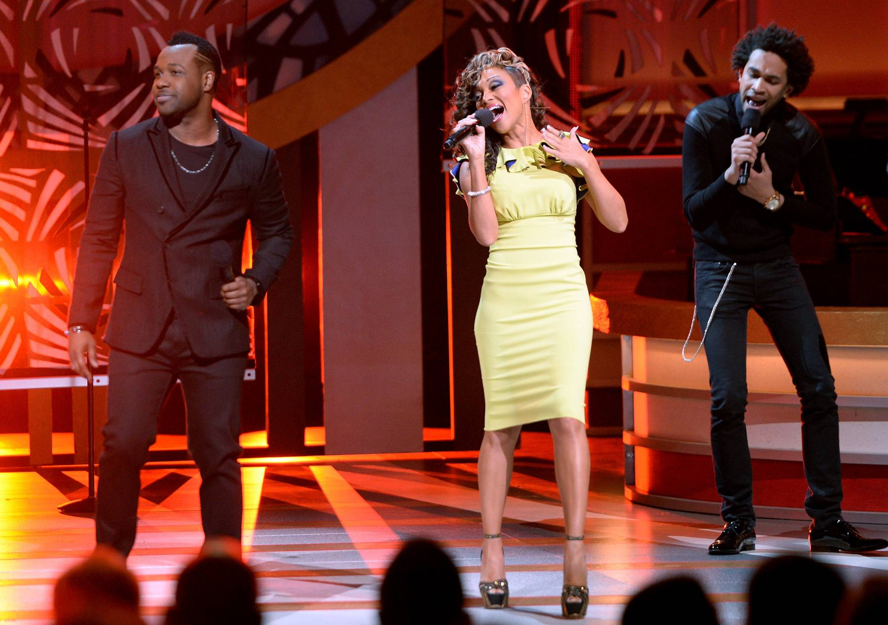 """The R&B Diva Featuring Vashawn Mitchell - Chanté Moore soared as she belted a clear-toned rendition of """"Jesus, I Want You"""" and later assisted Vashawn Mitchell in a electrifying performance of """"Chasing After You.""""(Photo: Jason Kempin/Getty Images for BET)"""