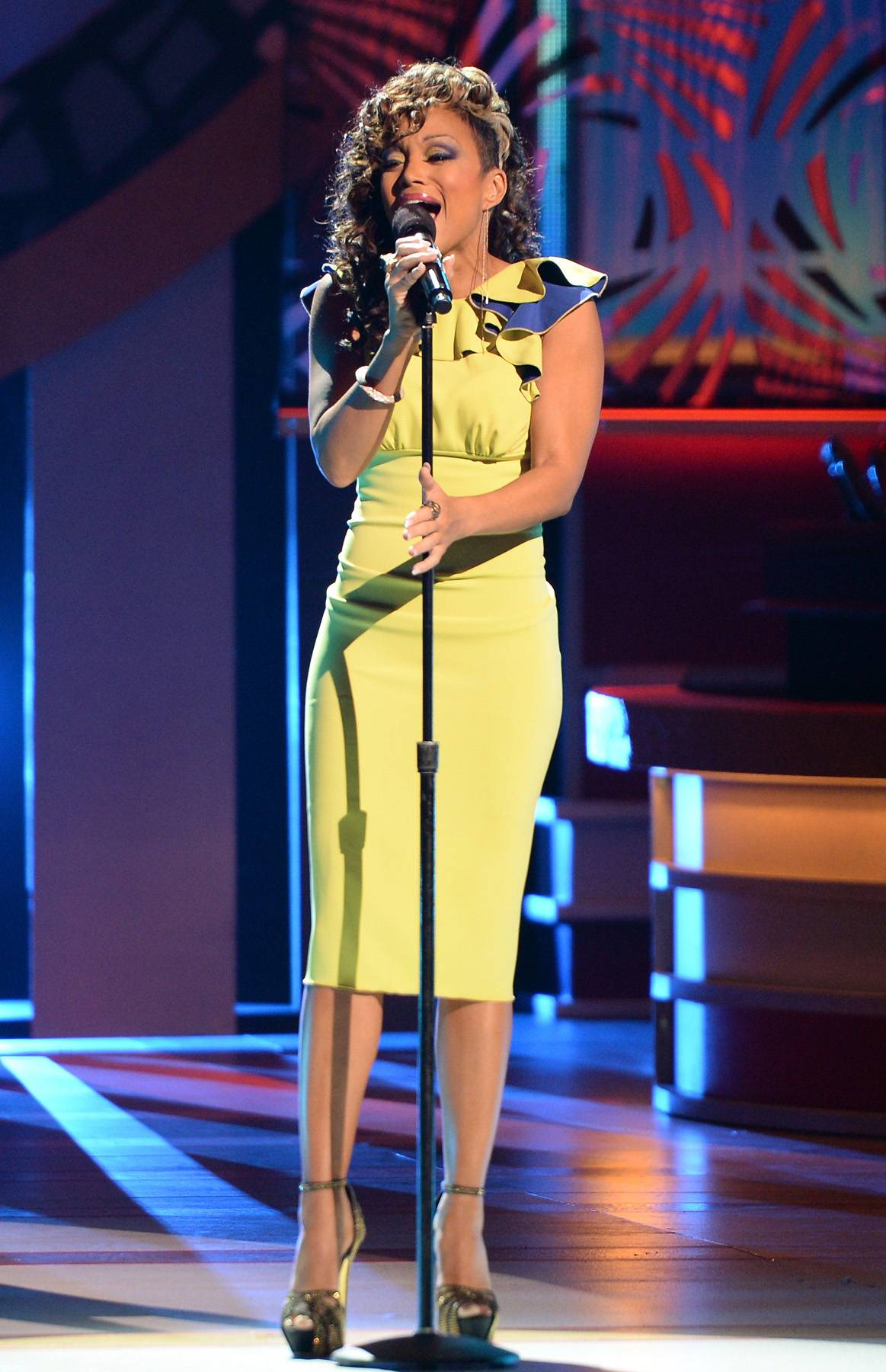 Diva Praise - R&B Diva Chanté Moore ignited the stage at Celebration of Gospel 2014.(Photo: Jason Kempin/Getty Images for BET)