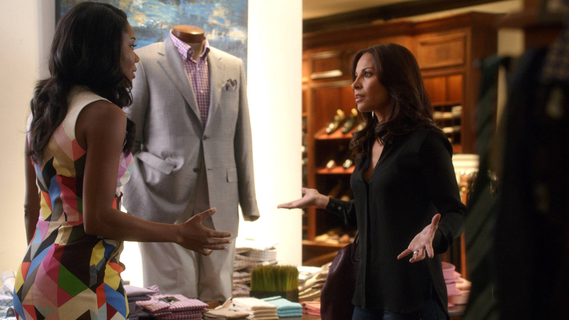 Stalker Much? - Mary Jane thought it was cool to pretend to want to spend quality time with Valerie just so she could try to get information on what's going on with David. Valerie remained mum on the situation.  (Photo: BET)