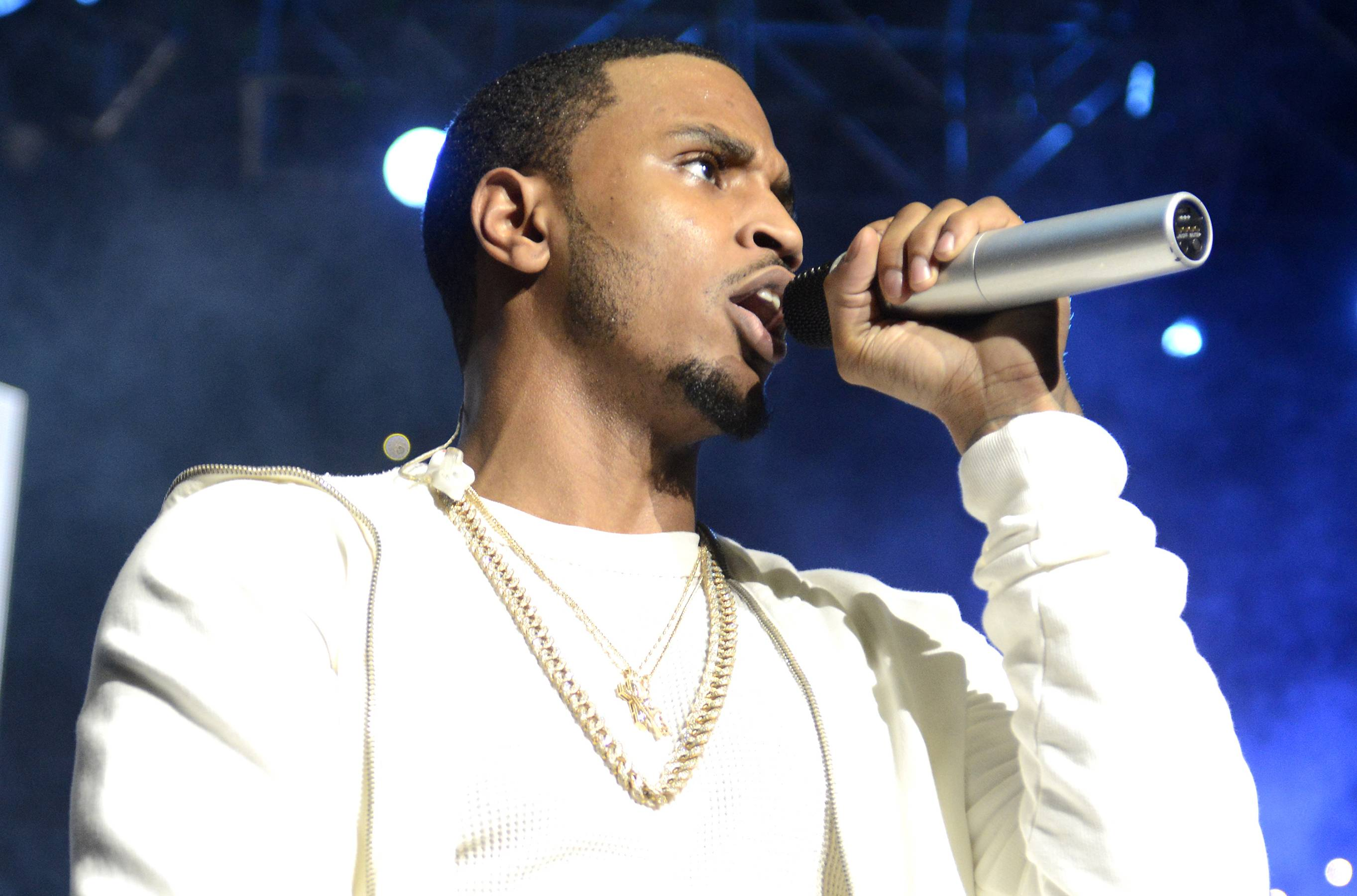 Trey Songz - Ladies, which one y'all want to go home with TRIGGA? The handsome Trey Songz will grace the stage for The BET Honors '15 and spice up the show with his flirtatious lyrics and steamy vocals. (Photo: Tim Mosenfelder/Getty Images)