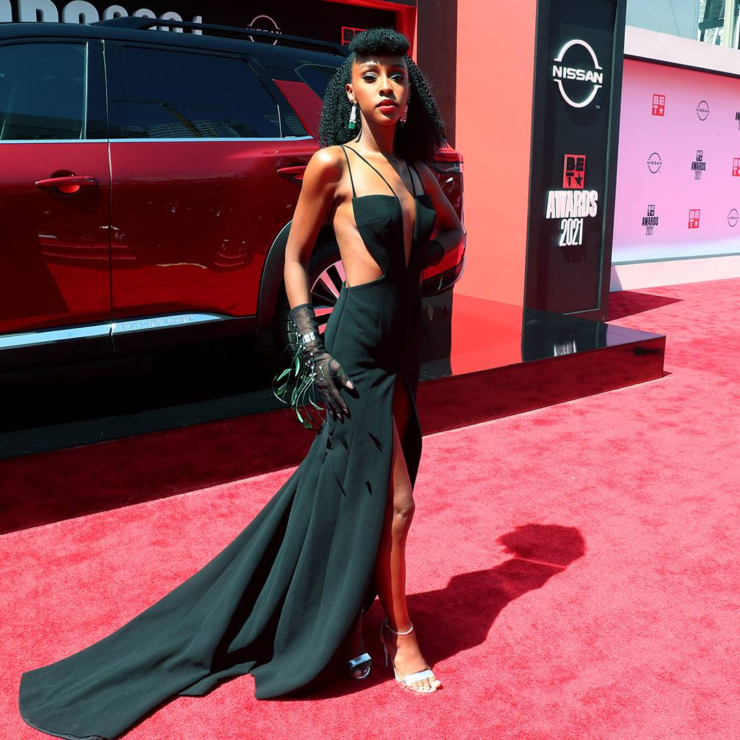 BET Awards 2021   Red Carpet Flipbook Ebony Obsidian   1080x1080