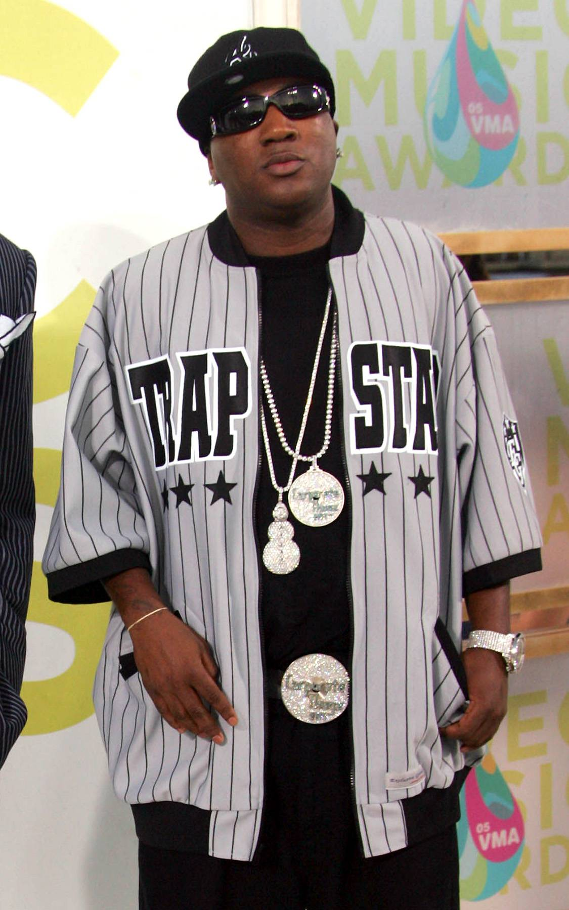 A Corporate Thug - By 2003, Jizzle was gaining fame on the ATL underground hip hop scene. He formed his Corporate Thugz Entertainment company and released his indie debut,Come Shop Wit? Me, a tone-setting double disc featuring appearances from Bone Crusher and Pastor Troy. The hood chronicle sold more than 50,000 copies.(Photo: Evan Agostini/Getty Images)