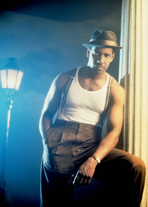 Devil in a Blue Dress - C'mon now. A young Denzel Washington. This picture. How many more reasons do you need?(Photo: TriStar Pictures)