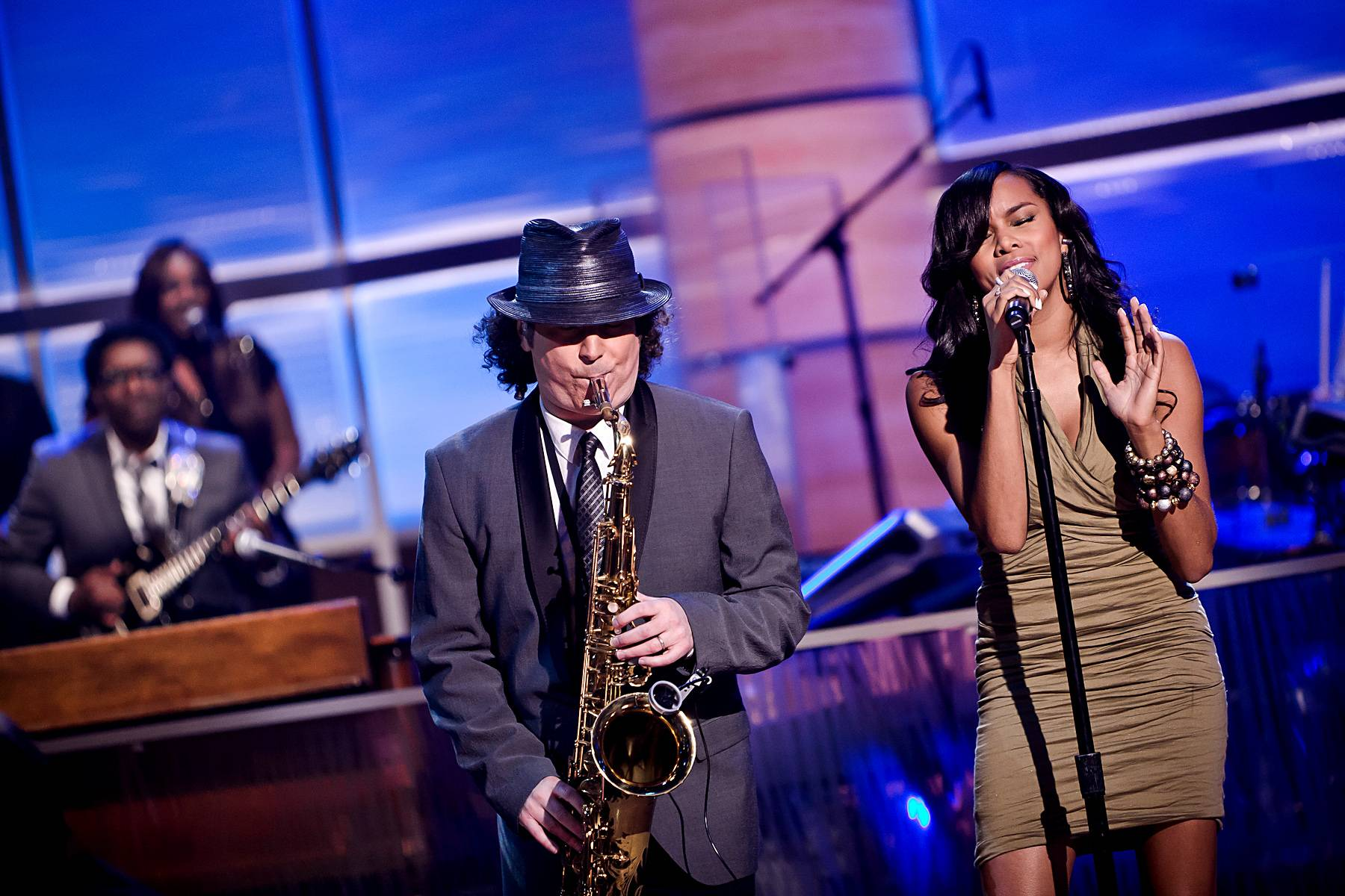 When Boney Met LeToya - How did LeToya Luckett link up with Boney James? Simple: Luckett?s management called her one day, letting her know that James was interested in doing a record together.(Photo: Darnell Williams/BET)