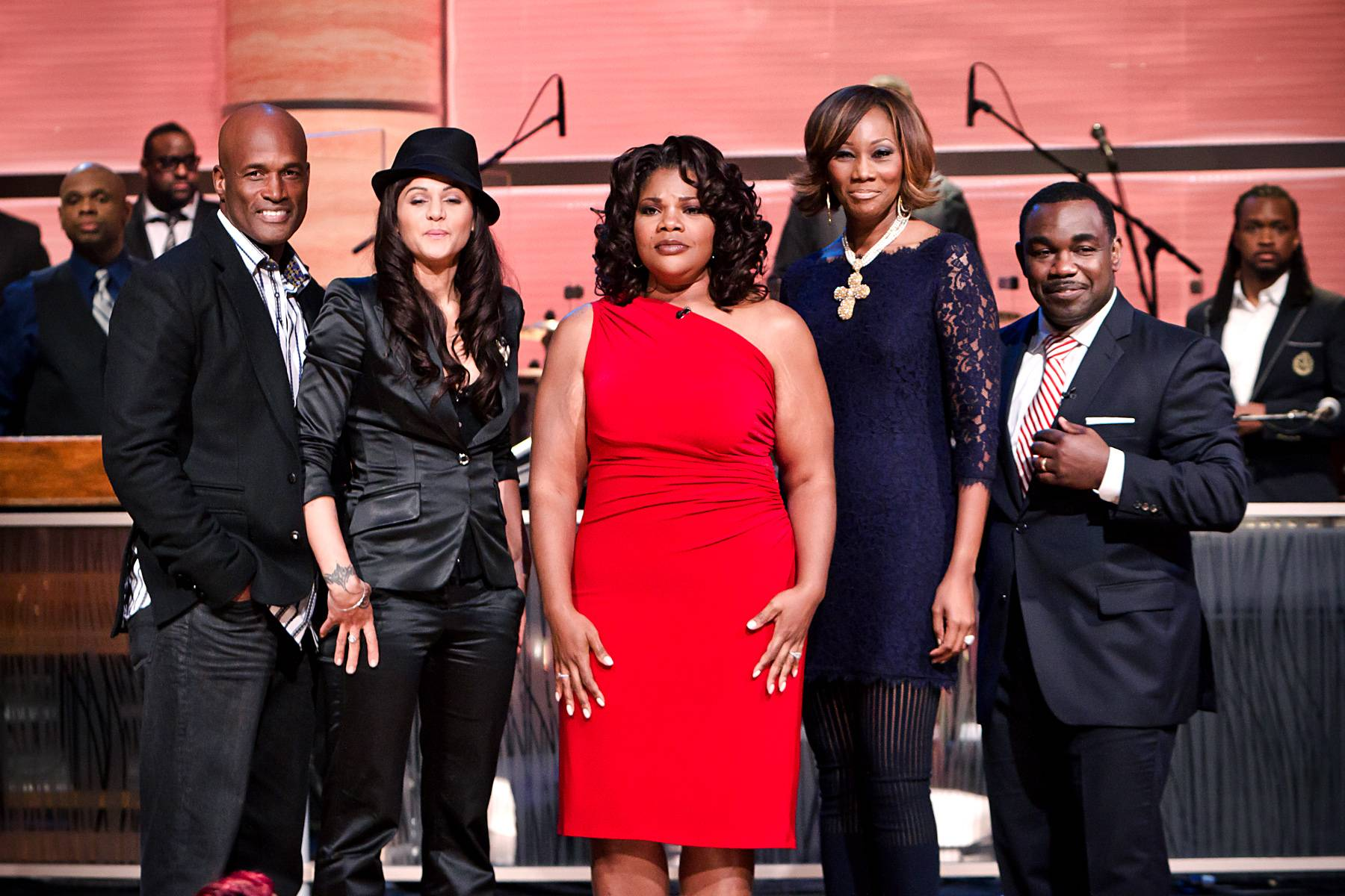 Farewell to Another Great Episode!\r - From left: Kenny Leon, Persia White, Mo?Nique, Yolanda Adams and Rodney Perry.\r\r(Photo: Darnell Williams/BET)