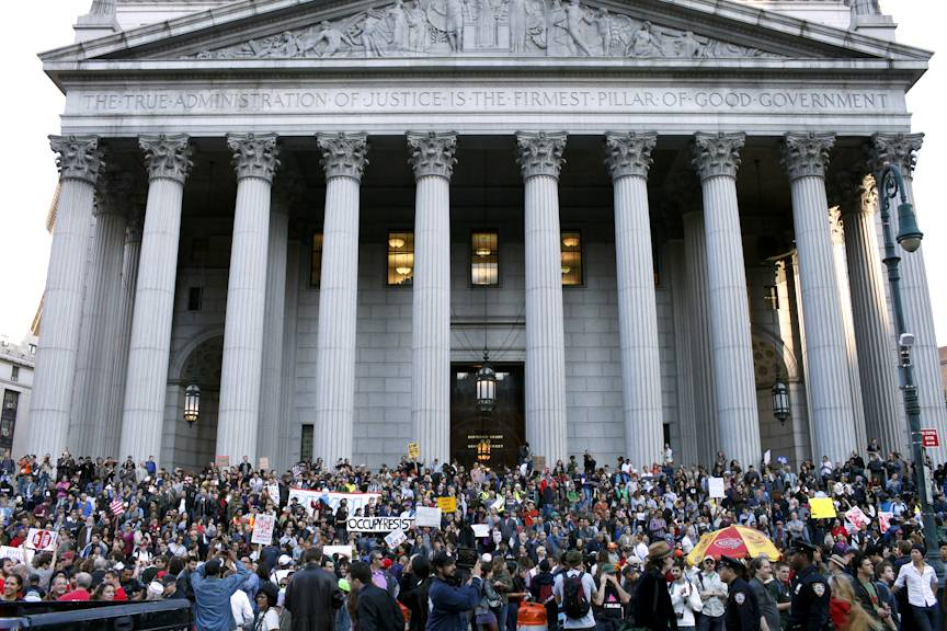 /content/dam/betcom/images/2011/10/National-10.01-10.15/100611-national-people-of-color-occupy-wall-street-7.jpg
