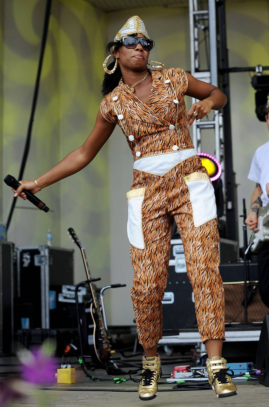 Shades for Days - Santigold's shades are amazing, her hat is boss, and her jumper is on trend and shows that she's a leader of the new school in music and fashion.(Photo: Jeff Gentner/Getty Images)