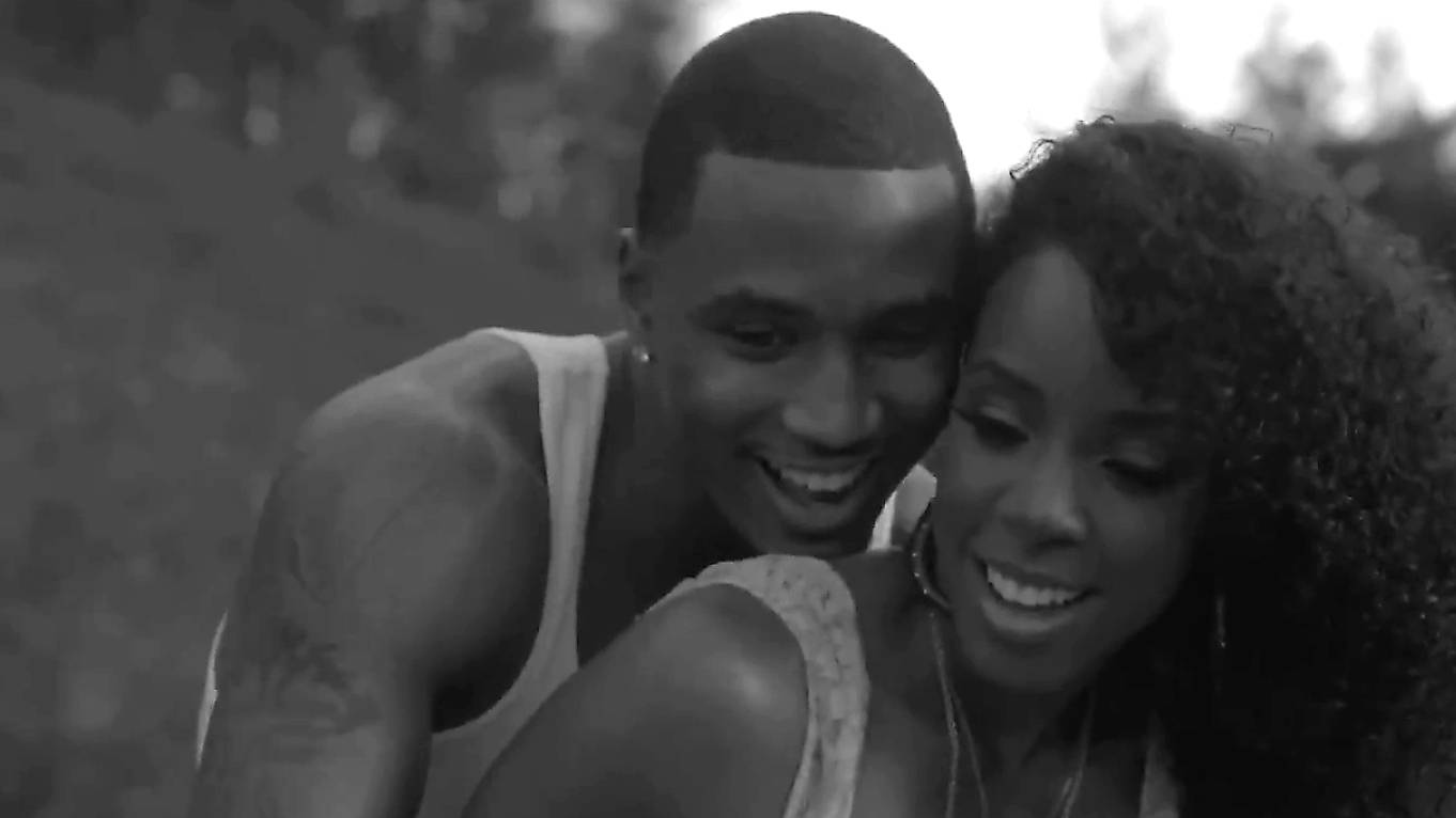 """Trey Songz and Kelly Rowland ? """"Heart Attack"""" - Can't say you didn't see this one coming. After theirsteamy performance at the2011 BET Awards, it was only a matter of time before they capitalized on that chemistry.(Photo: Courtesy Atlantic Records)"""