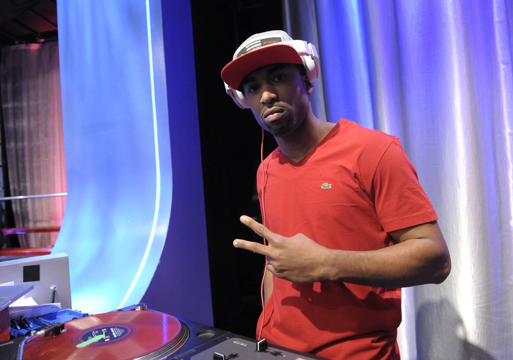Dueces - DJ Ohmz at 106 & Park, April 26, 2012. (Photo: John Ricard / BET)