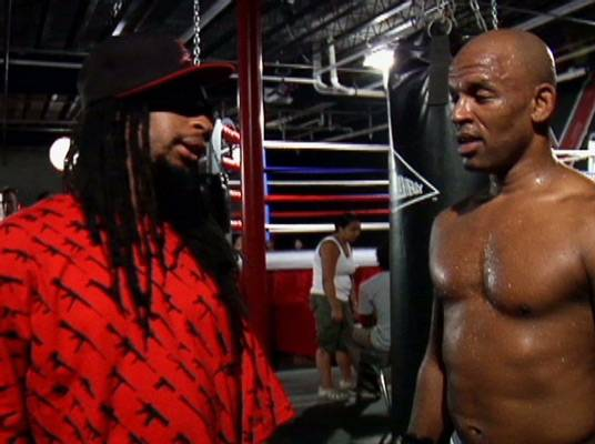 Team Headbusters - Lil Jon and Shonie discuss what they are looking for in the fighters.