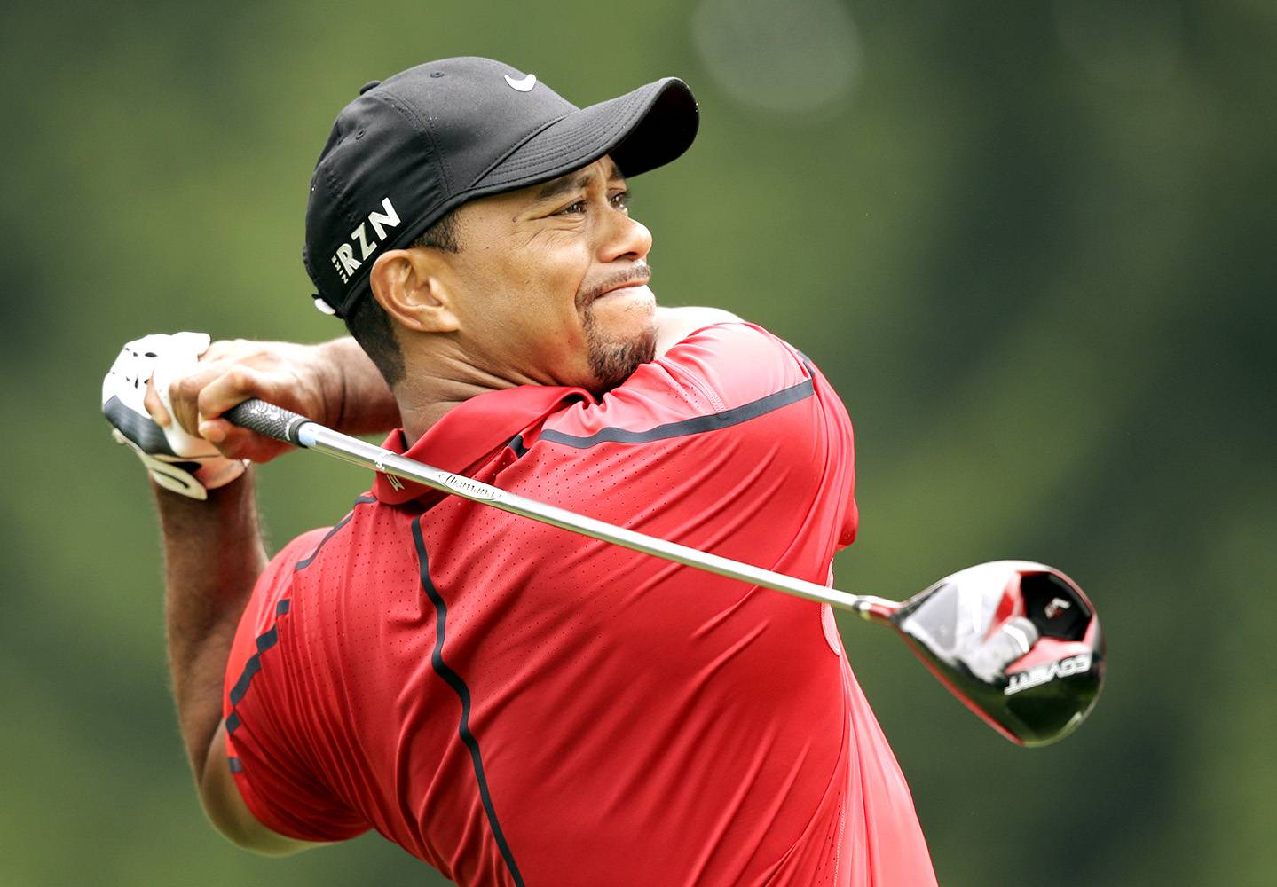 Tiger Woods Injures Back Again