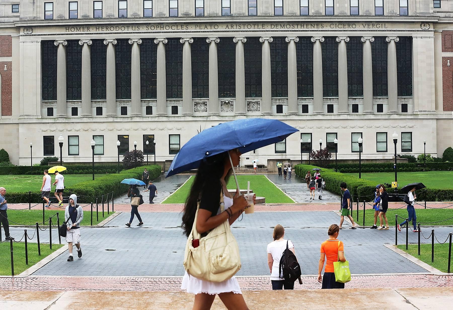 /content/dam/betcom/images/2013/07/Health/072413-health-college-campus-student.jpg