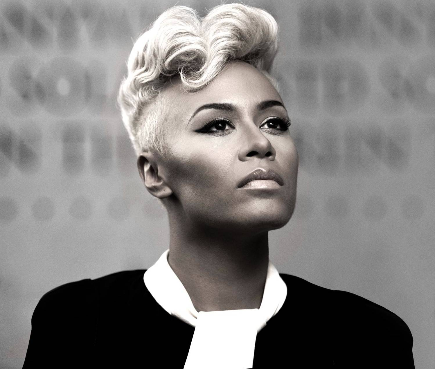 """Best International Performance:Emeli Sand? - Next To Me - Emeli Sand? delighted music listeners with her single """"Next To Me"""". The single brought Sand? to fore of the music scene in 2013 and became her first record to chart on the Billboard Hot 100."""