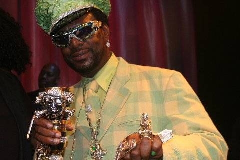 Bishop Don Magic Juan - Pimpin' might not be easy but it sure is colorful.