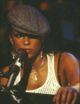 Alicia Keys - The Grammy's have rewarded Alicia Keys 11 times for her albums.
