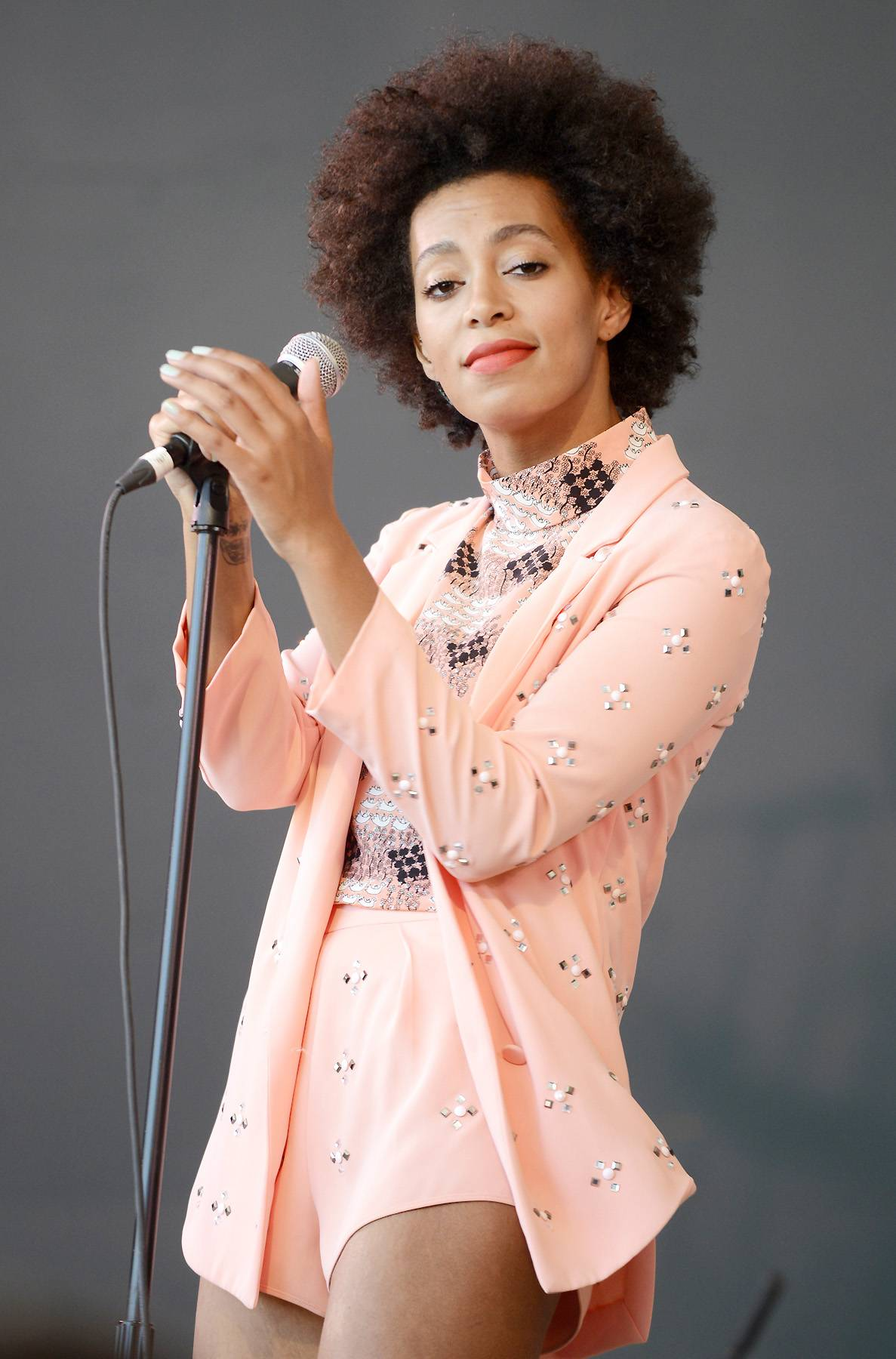 Be TRUE - Last fall Solange released her EP True. Clearly inspired by sounds of the 1980's the project debuted a more mature Solange whose musical evolution was just beginning. (Photo: Tim Mosenfelder/Getty Images)