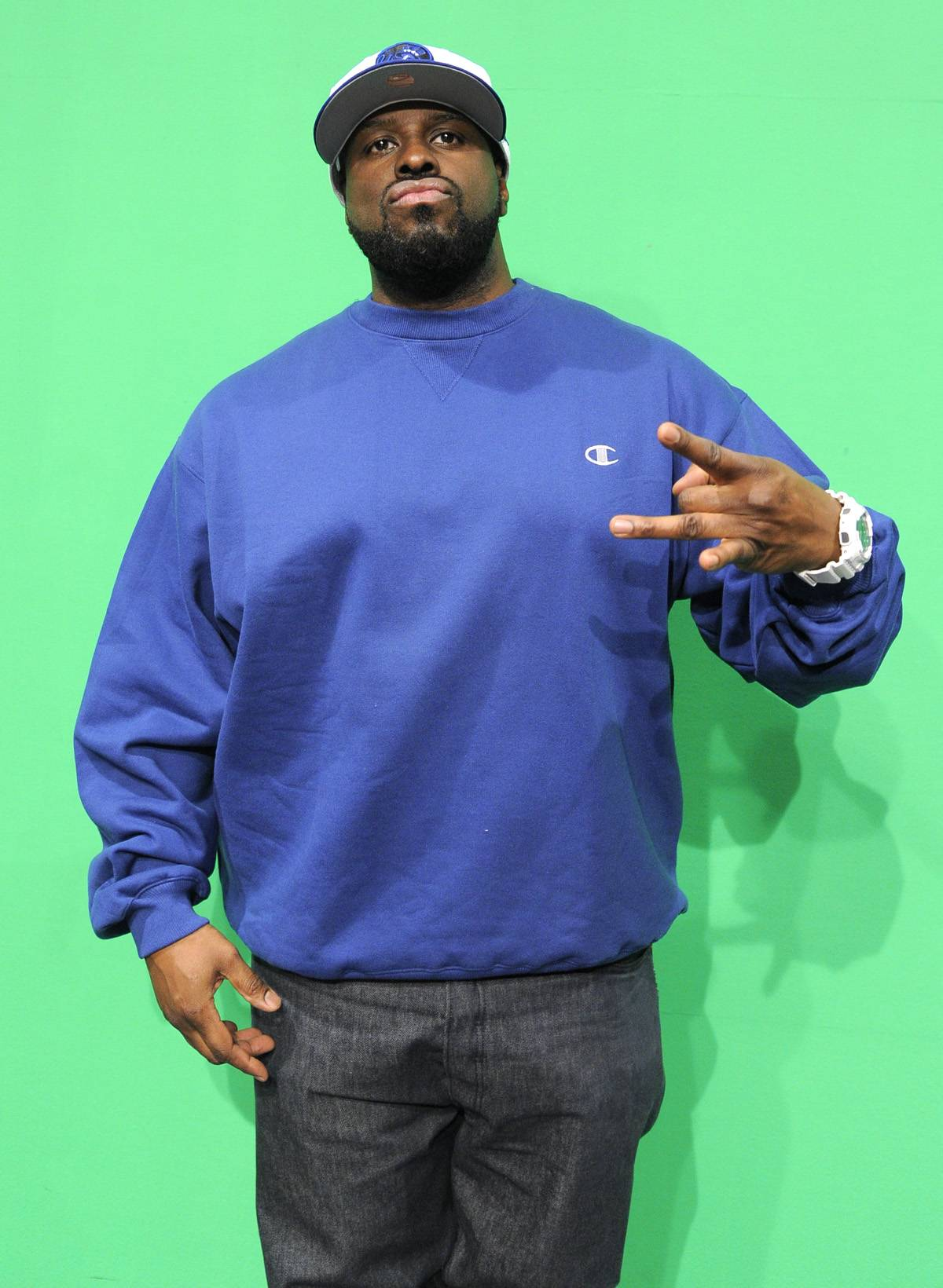 """Funkmaster Flex - Hot 97 DJ Funkmaster Flex defended Jim Joneson the air, criticizing Banks for dropping """"Succubi"""" and ? surprise ? Banks didn't like that too much. """"@funkmasterflex Tell that n***a Jim to defend himself,"""" she tweeted. """"You stay out of it and have yourself a glass of fat free water."""" She went on to call Flex an """"old dusty fat f**k"""" and """"a butch queen"""" and denied his request that she call in to the station so the two could talk it out.""""@funkmasterflex You can call my p***y,"""" she wrote.(Photo: John Ricard)"""