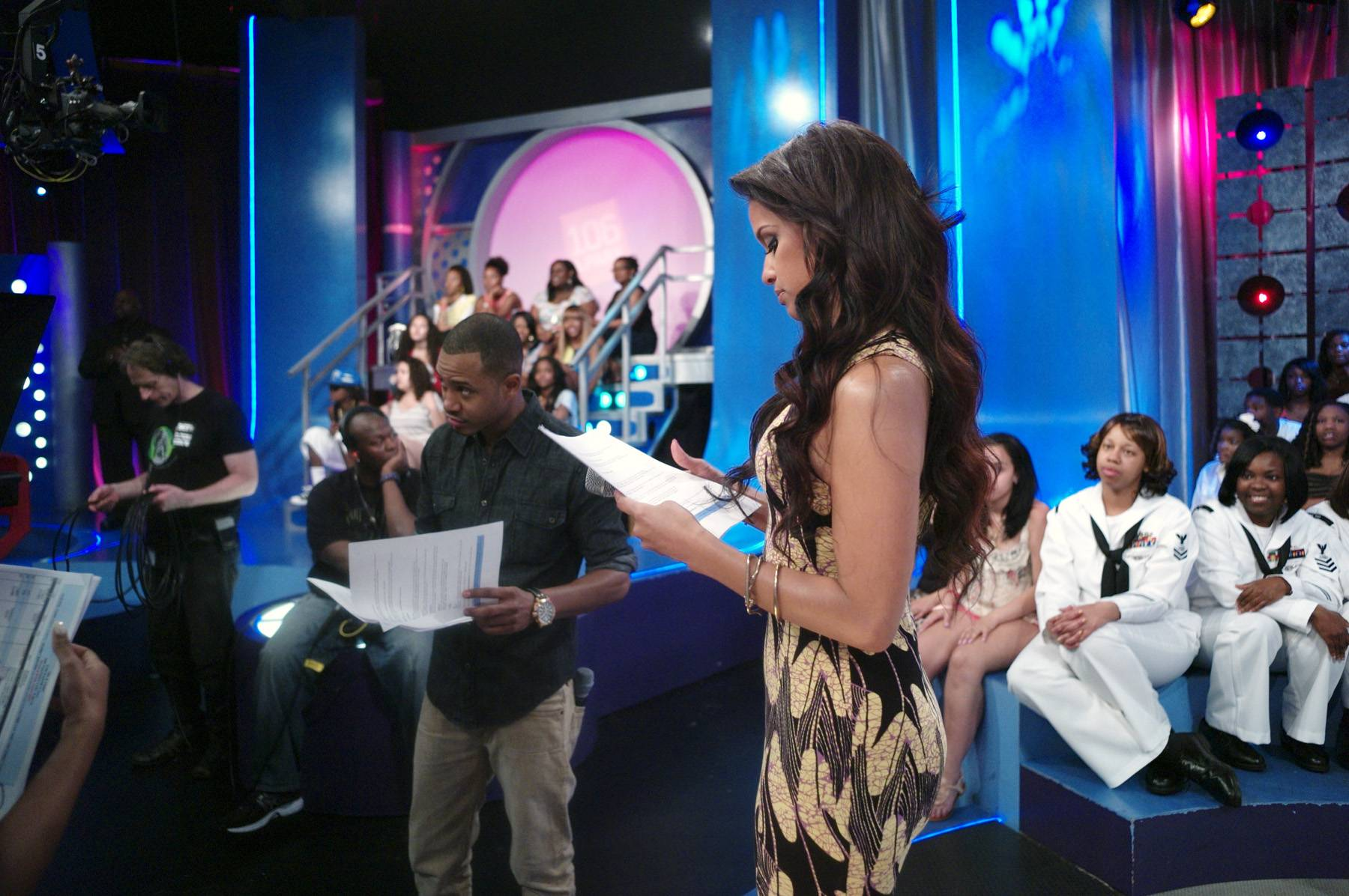 I Got This - Terrence J and Rocsi Diaz go over their scripts during a commercial break at 106 & Park, May 29, 2012. (Photo: John Ricard / BET)