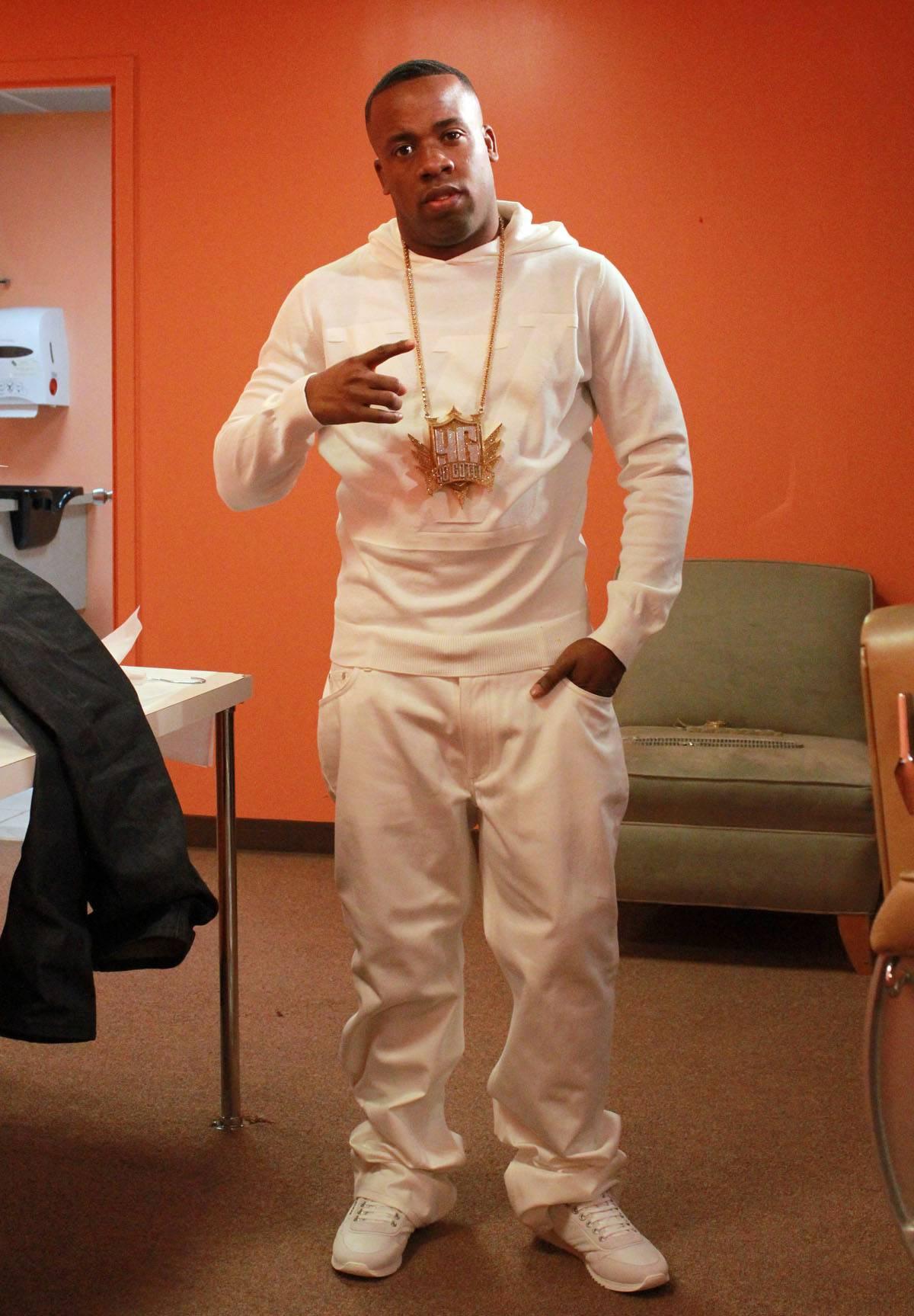 Cop My Album - Yo Gotti on set at 106 & Park. (photo by: Slim)