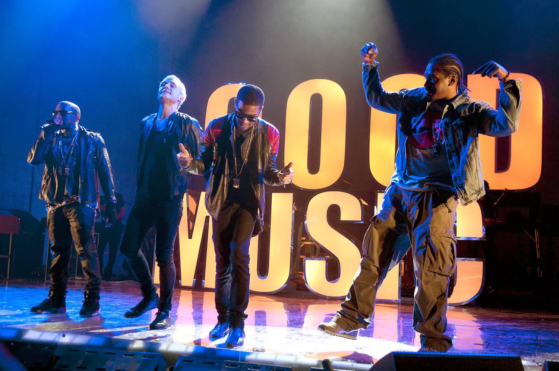 /content/dam/betcom/images/2011/08/Shows/bet-star-cinema/083111-music-rapper-holidays-good-music.jpg
