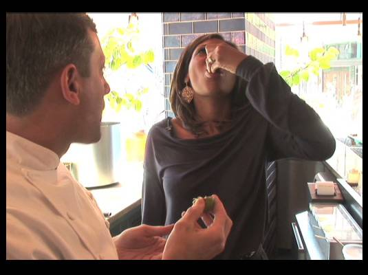 Travelistas:Washington, DC - Yummy!<br>Andrea likes!<br><br>Known for its exotic tapas, Oyamel is quite popular with DC?s first lady Michelle Obama and is a highly favored hot spot with the after-work crowd.