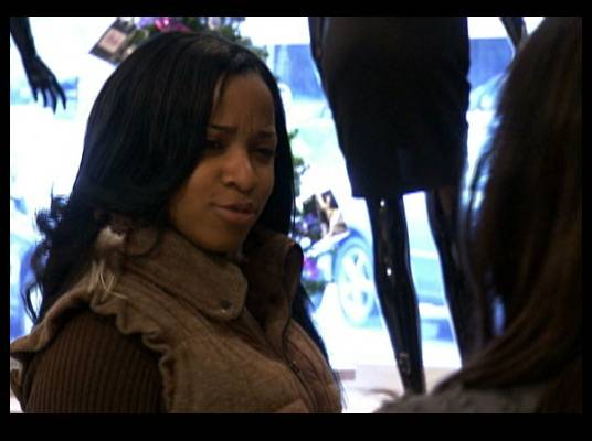 Impersonal Shopping - Toya selects outfits for the makeover. She wants to make sure the outfits will fit Diamond Kuts.