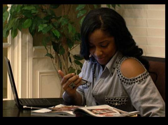 Job Offer - MeMphitz wants Toya to do a makeover for his co-host on ?The Deal,? DJ Diamond Kuts.