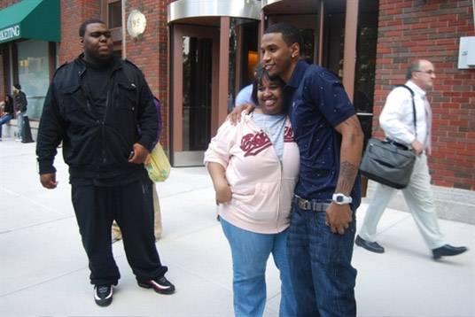 Trey Songz Fans - She is happy to meet Trey Songz.