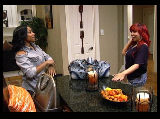 Toya & Tiny - The ladies get start the day by heading out to prepare for the upcoming Alzheimer's benefit.