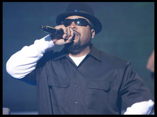 Ice Cube - Ice Cube performs his new single, ?I Rep that West? from his new album, ?I Am the West.?