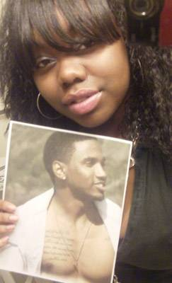 Trey Songz Fans - This fan shows off her favorite Trey Songz photo.