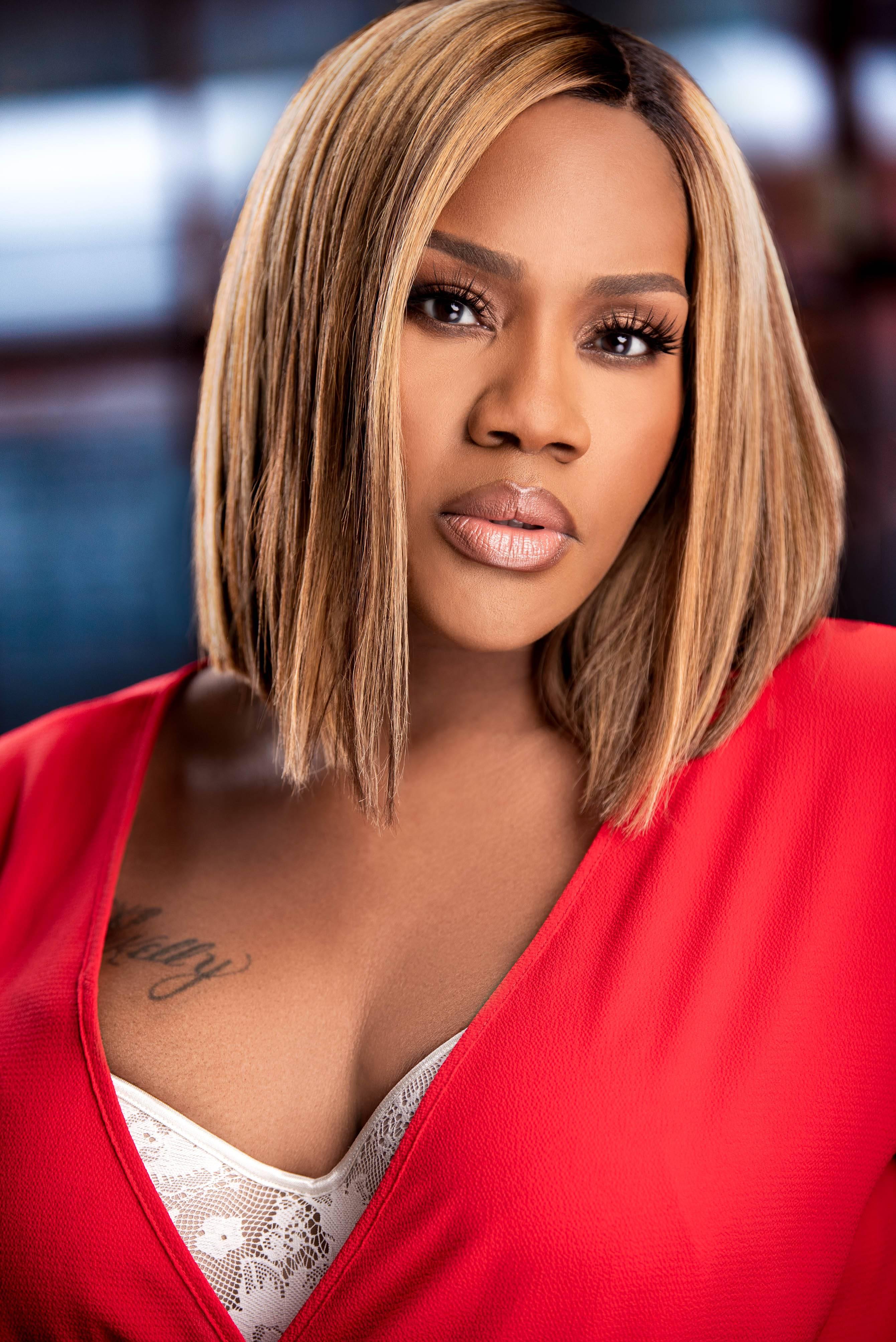 R&B and gospel singer Kelly Price - (Courtesy of JCE)