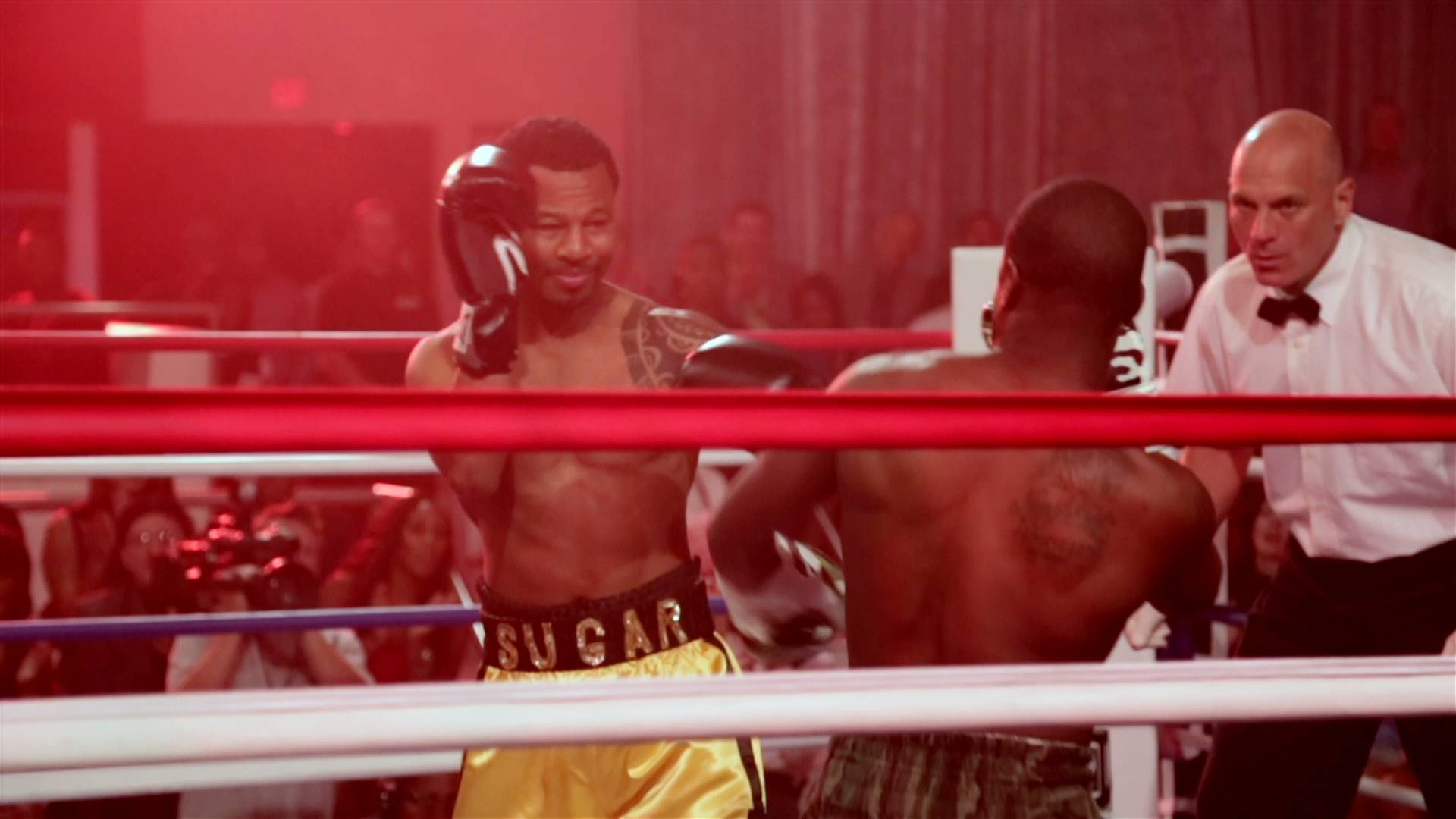 Hart vs. Mosley - Ah yes, that epic fight between the two. We all know how it ended.(Photo: BET)