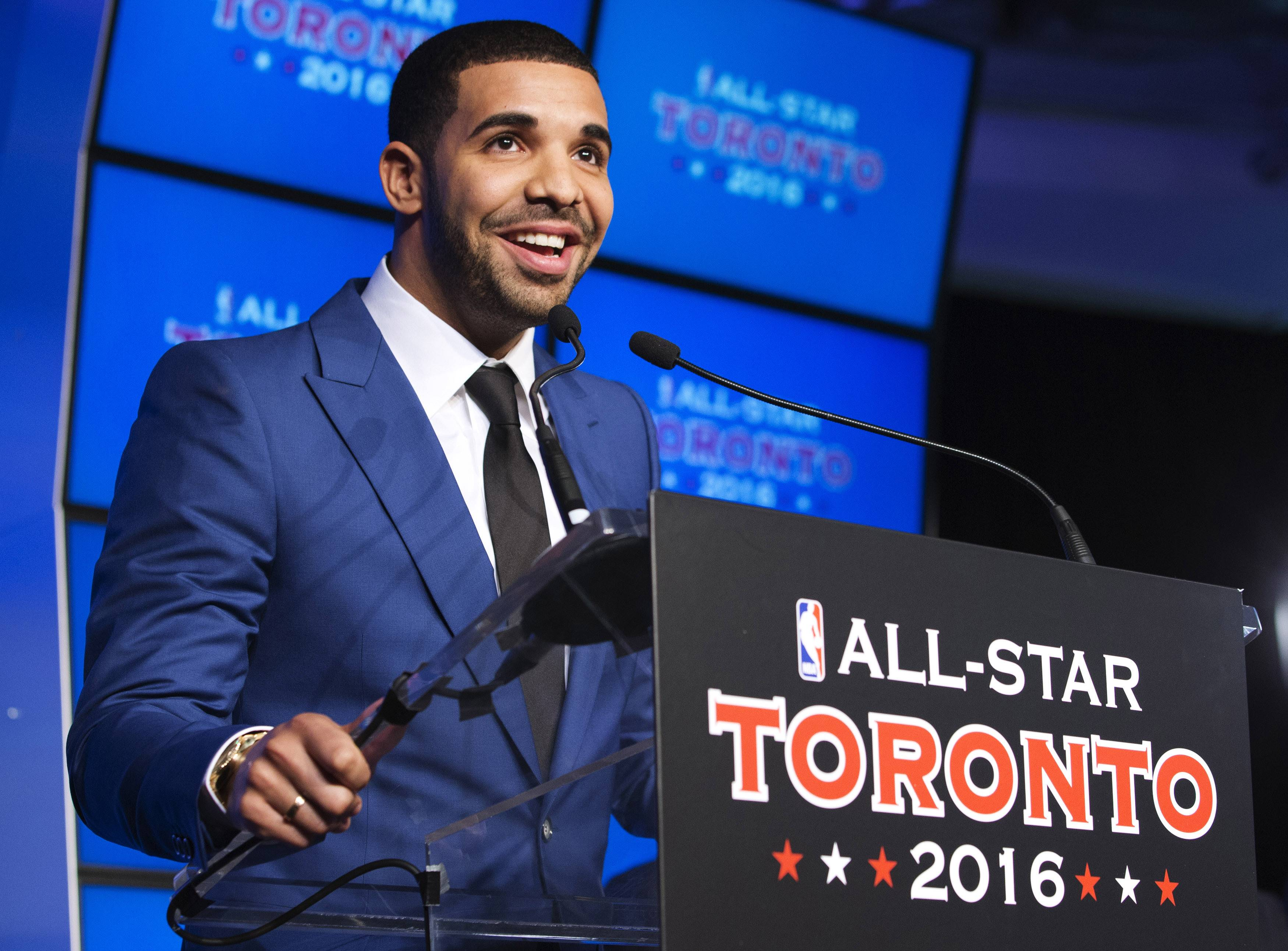 """Drake - Drake is not only a member of the Toronto Raptors' fan club, he's also the team's newest global ambassador. """"Basketball in Canada is bigger now than ever before,"""" he promises.(Photo: REUTERS/Mark Blinch/LANDOV)"""