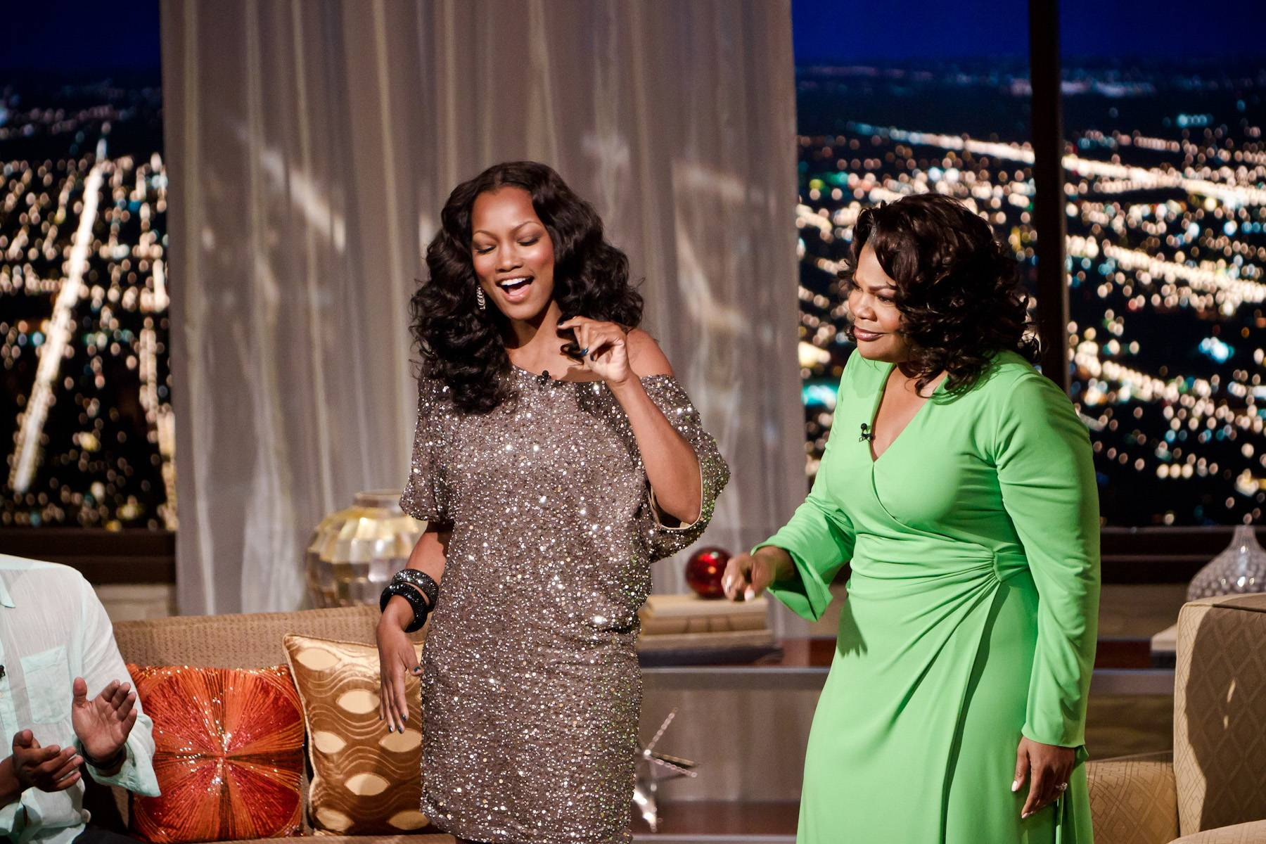 Hey Beau - Garcelle Beauvais steps into the Penthouse and receives a good old-fashioned Mo'Nique Show welcome!(Photo: Darnell Williams/BET)