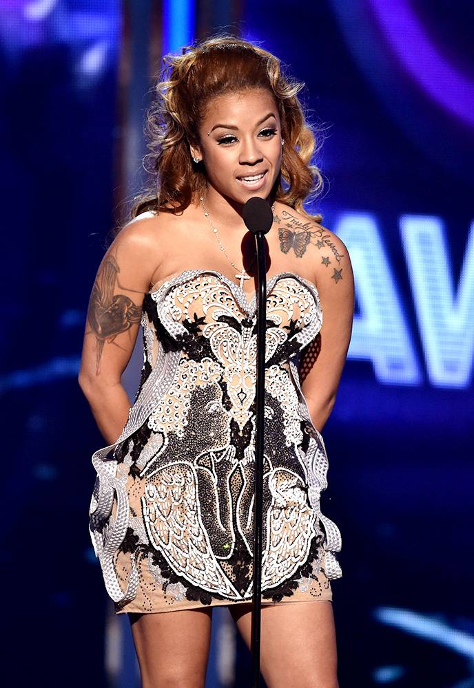 """Everything But Mediocre - Keyshia Cole danced along to T.I.'s performance of """"No Mediocre."""" (Photo: Kevin Winter/Getty Images for BET)"""