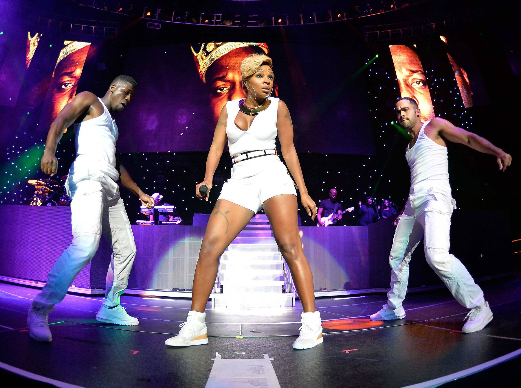 Going Off! - She's known to bring the house down every show.    (Photo: Earl Gibson/BET/Getty Images for BET)