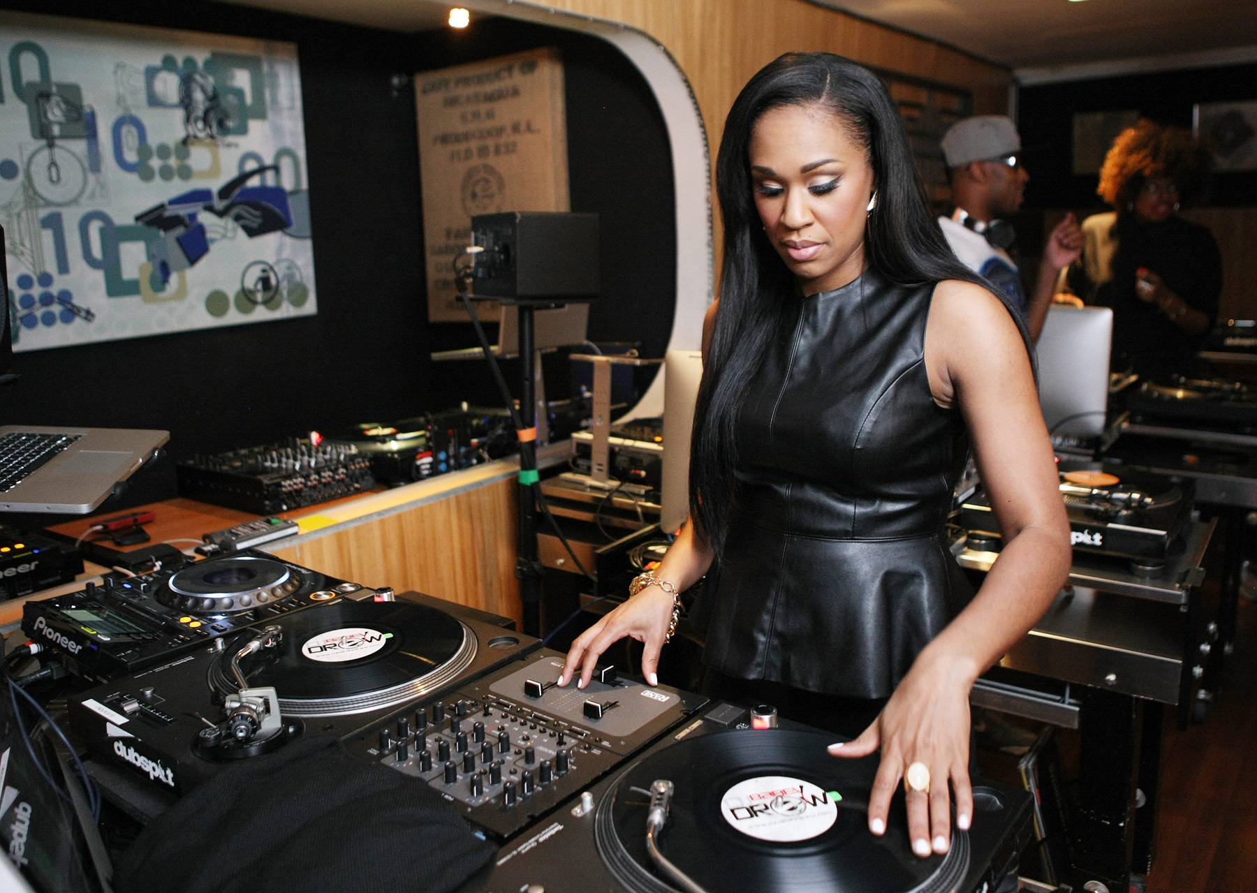 Slight Work - DJ Traci Steele hits the wax. (Photo: Bennett Raglin/BET/Getty Images for BET)
