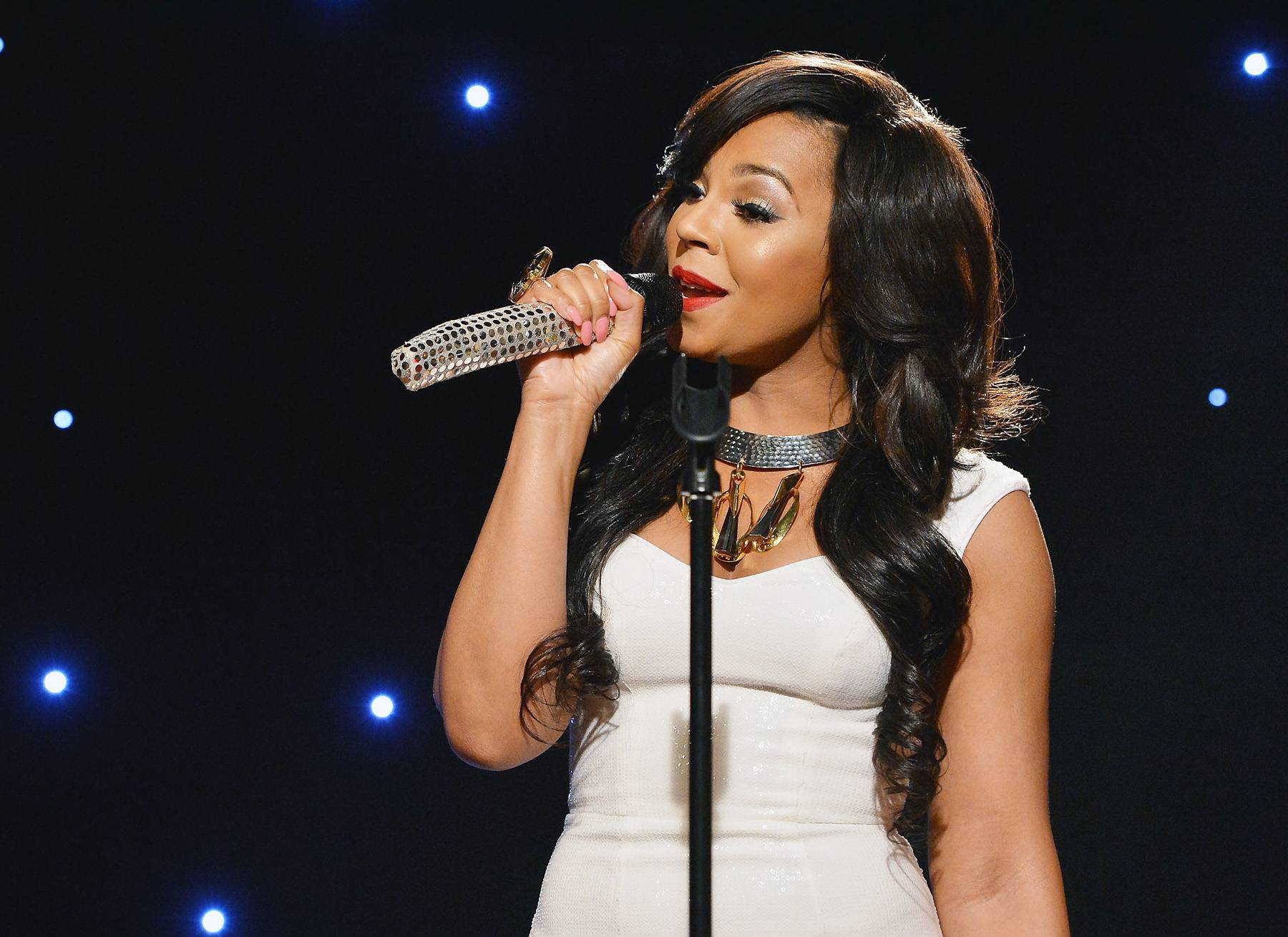 """Best Independent R&B/Soul Performance: Ashanti - """"Never Should Have"""" - After a five-year hiatus from music, the proclaimed Princess of R&B resurfaced with this self-penned reflection of life after dealing with a no-good lover.  (Photo: Slaven Vlasic/Getty Images)"""