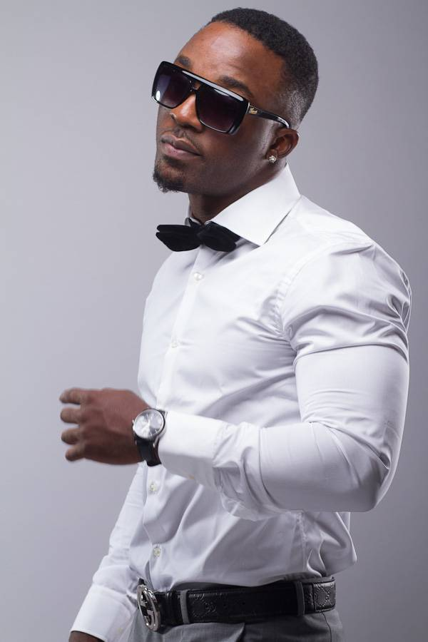 """Best International Performance:Iyanya - """"Ur Waist""""  - With help from singer Emma Nyra, Nigerian recording artist Iyanya debuted at No.7 on Afro-Hits' August 2013 Afrobreakers Chart with the 2012 single off his sophomore album, Iyanya vs. Desire.(Photo: Made Men Music Group)"""