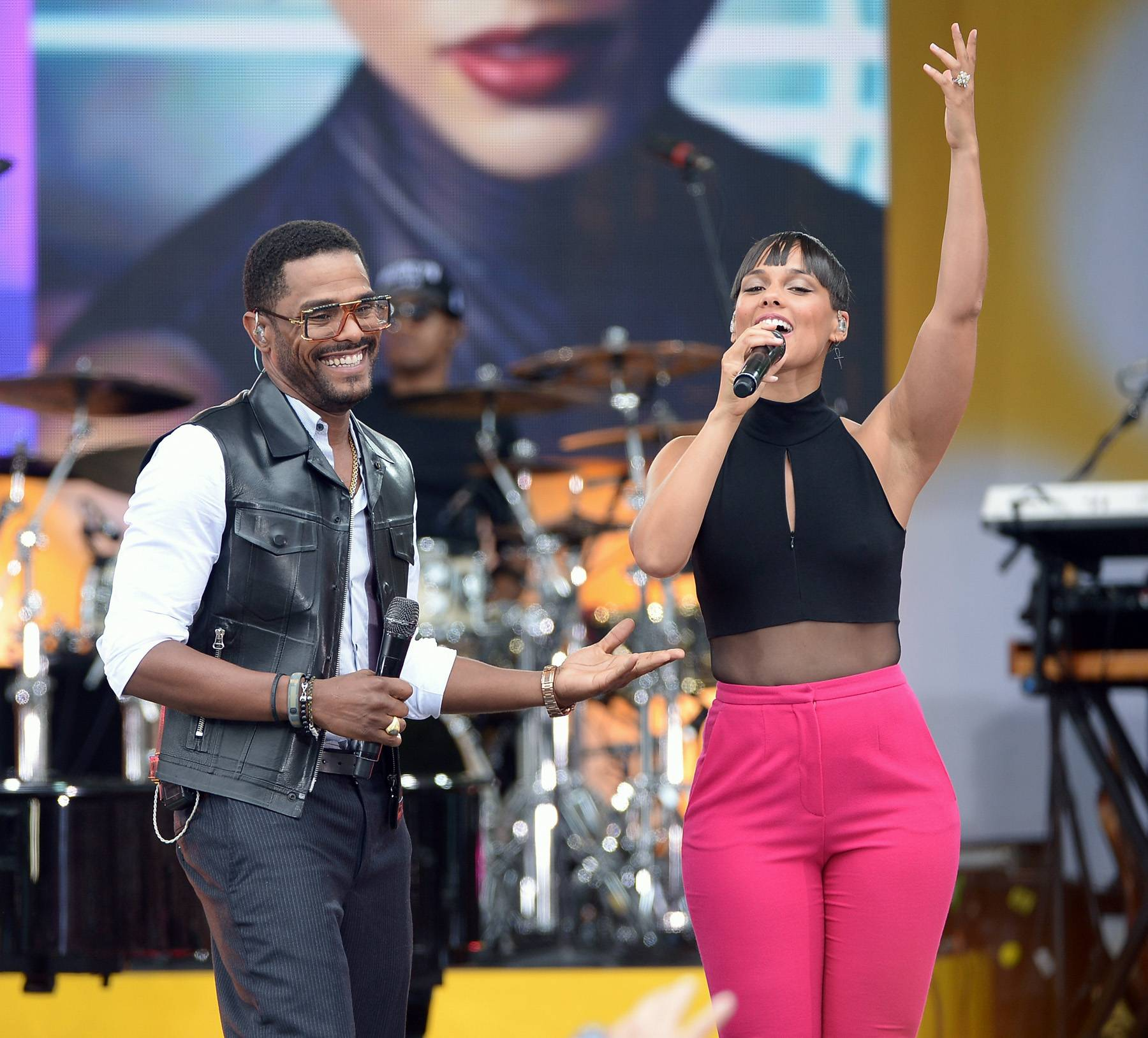 """The Ashford & Simpson Songwriter's Award - """"Fire We Make"""" -(Alicia Keys, Andrew Wansel, Warren Felder, Gary Clark Jr.) - Alicia Keys was truly aGirl on Fire with this steamy duet with veteran R&B crooner Maxwell.   (Photo: Michael Loccisano/Getty Images)"""