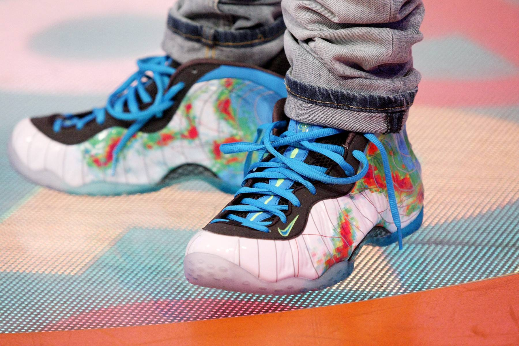 Nike Foamposite One Thermal Map - Nike Foamposite One Thermal Map Weatherman Asteroid Gradient Sport Royal   (Photo: Bennett Raglin/BET/Getty Images for BET)
