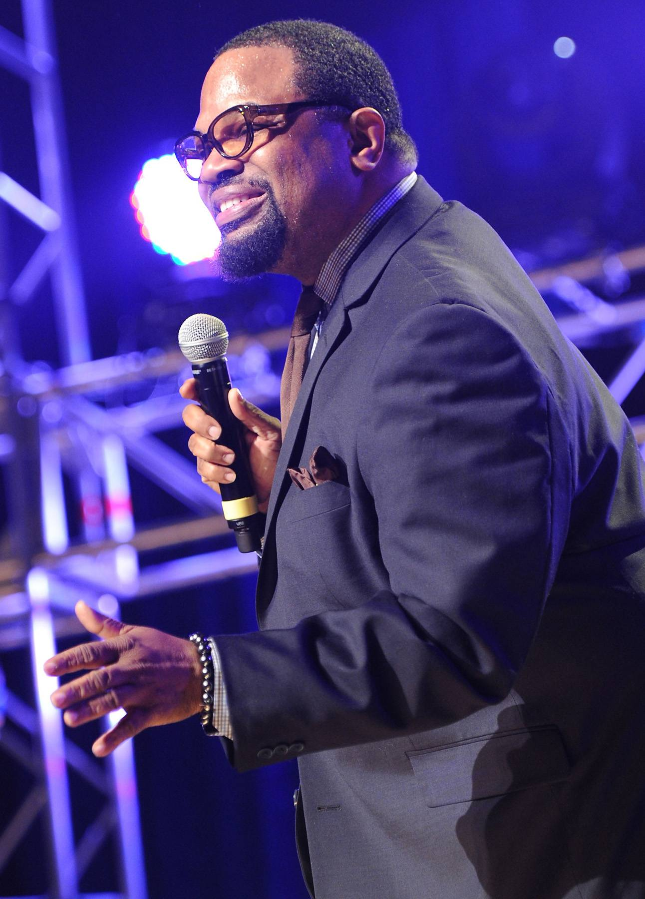 """Best Gospel/Inspirational Performance: Bishop Hezekiah Walker - """"Every Praise"""" - Walker takes folks to church in this hand-clapping, foot-stomping track that reminds us to give thanks.(Photo: Rick Diamond/Getty Images for Super Bowl)"""