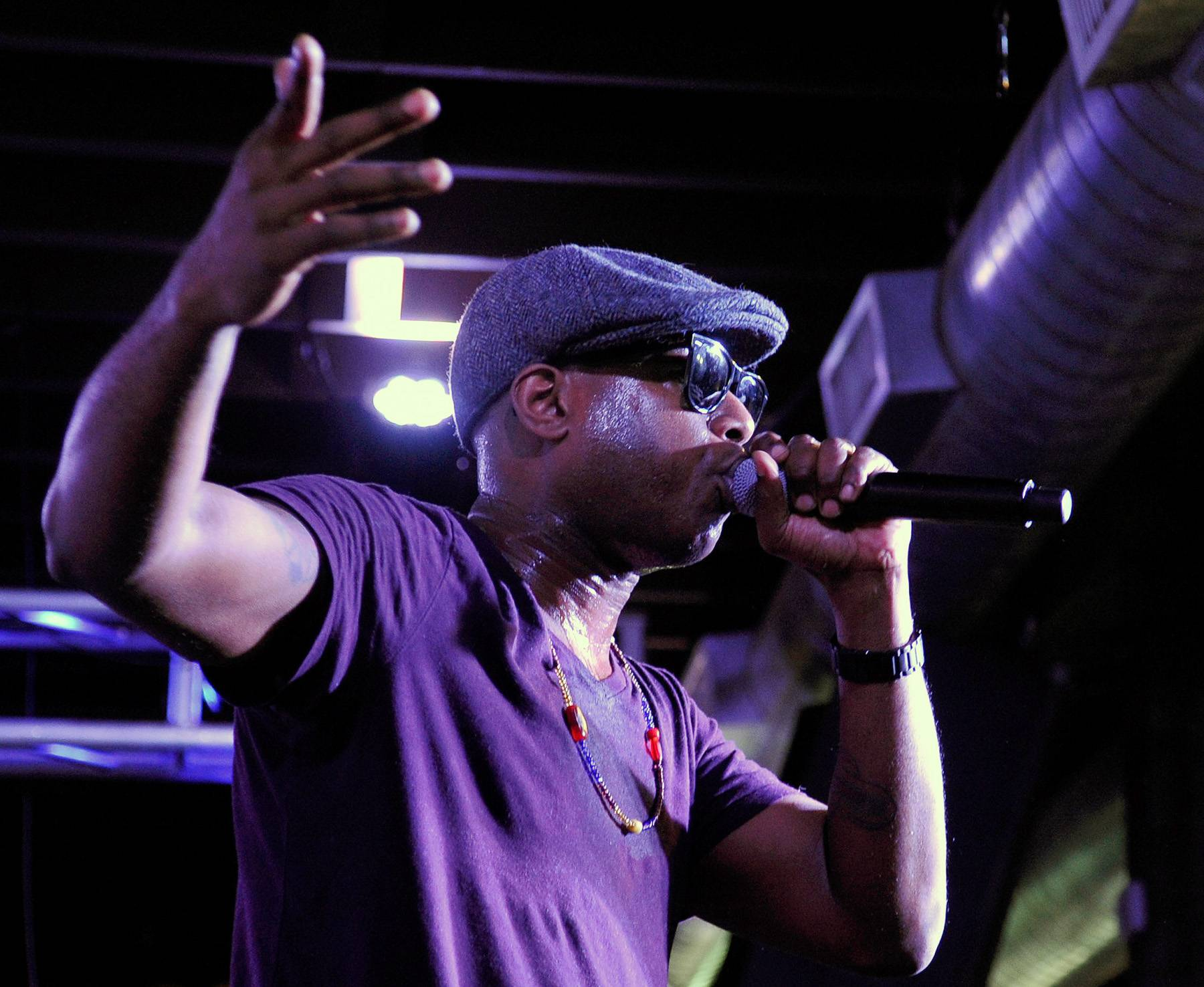 Centric Certified: Talib Kweli - The Brooklyn native?s music has entertained and educated listeners for years, making him a favorite among the hip-hop world (including his peers).  (Photo: John Sciulli/Getty Images for Samsung)