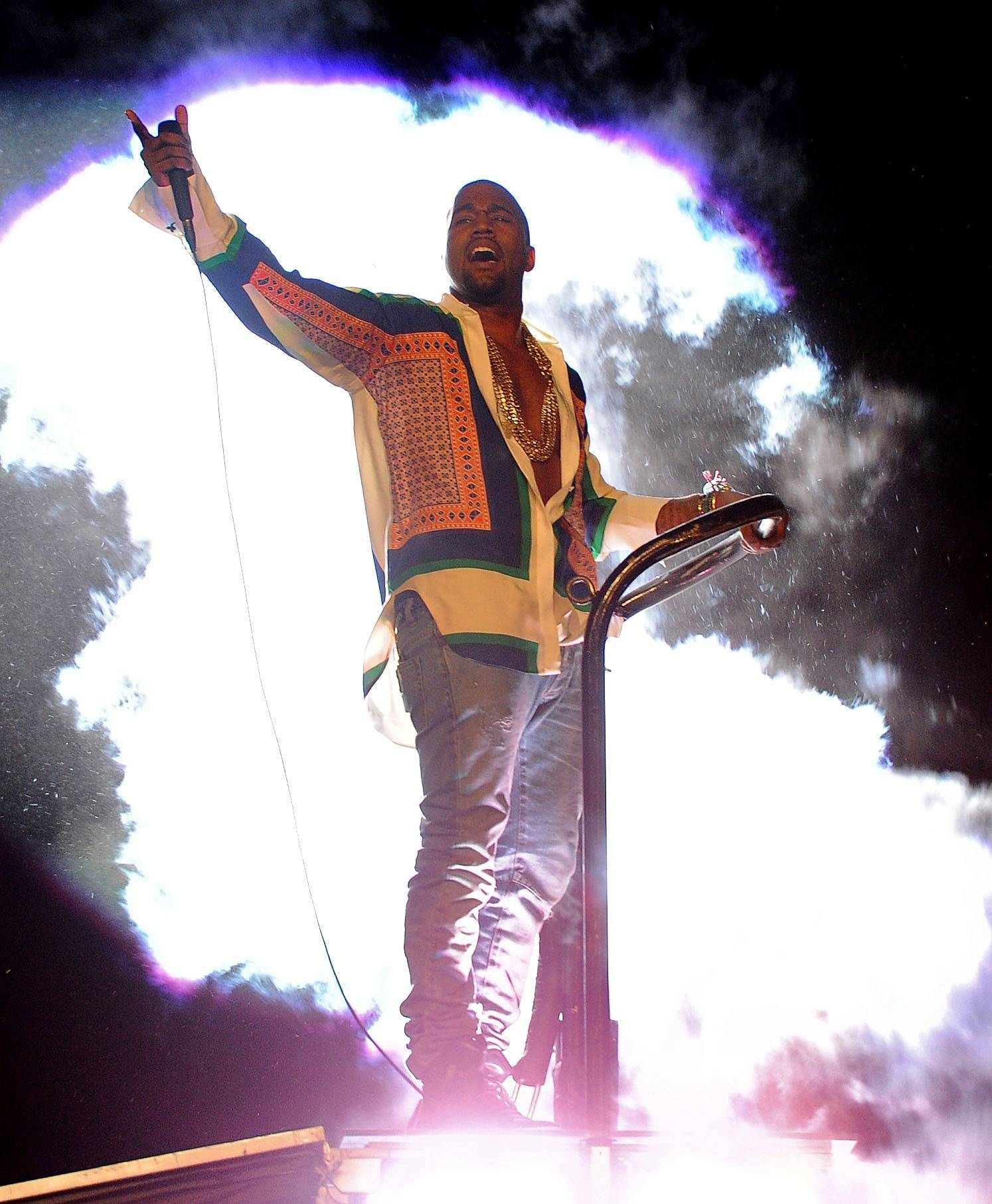Kanye West\r\r - There are few fashion limits for this rapper-turned-designer. In April 2011, 'Yeezy was both praised and bashed when he rocked the Coachella Music Festival stage in a multicolored, silk long-sleeved shirt that went down the Celine Spring 2011 women's runway.\r\r(Photo: Kevin Winter/Getty Images)